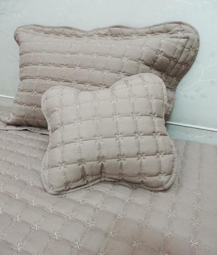 Луксозно шалте за легло – Капучино